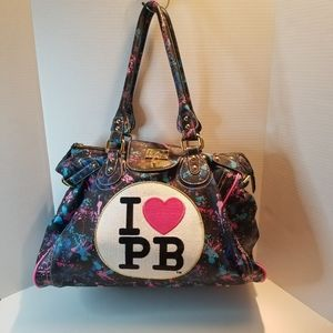 """🌟RARE TO FIND 🌟 PAUL""""S BOUTIQUE WEEKENDER BAG."""